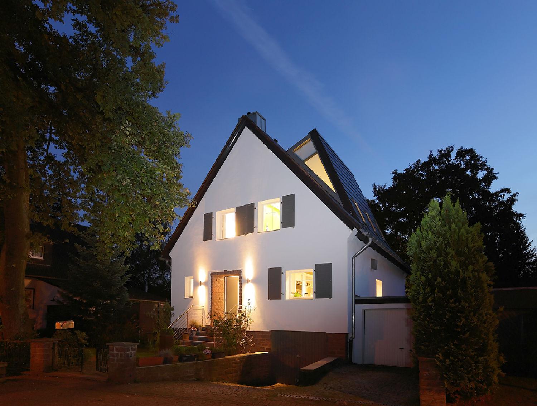 Umbau Einfamilienhaus: BADTKE Architektur